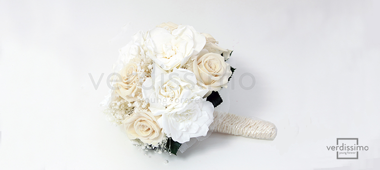 White Roses What Do They Mean Verdissimo