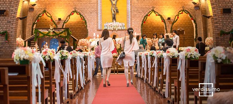 decoracion y arreglos florales para una iglesia - verdissimo